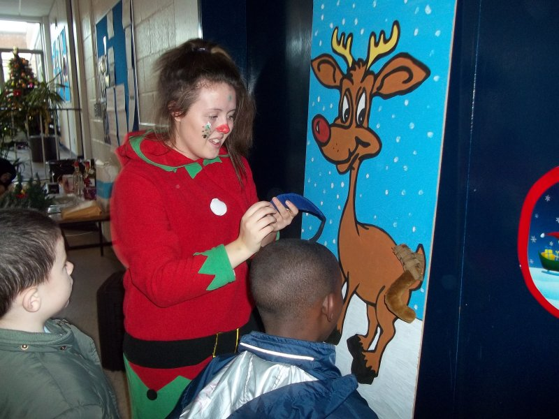 pin-the-tail-on-rudolf