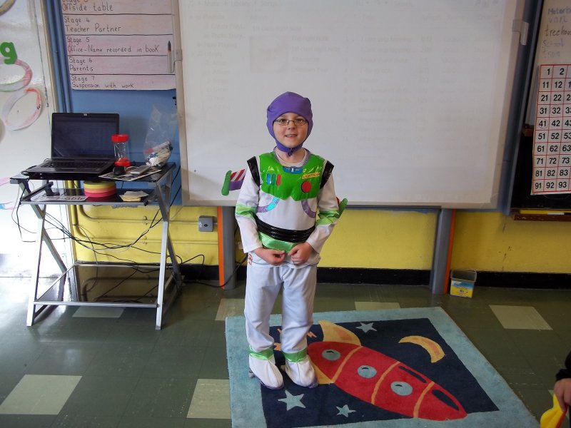 lee-as-buzz-lightyear