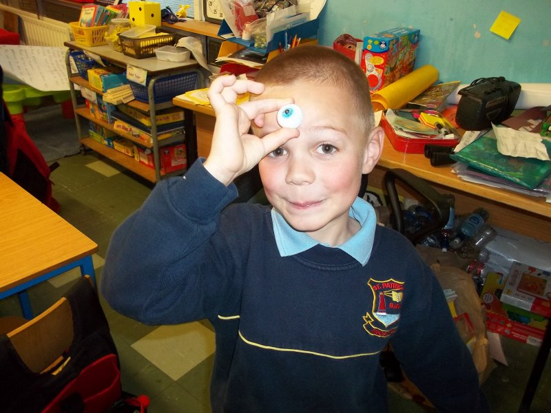 kian-and-his-handmade-eyeball